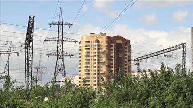 Линия электропередач, проходящая вблизи домов